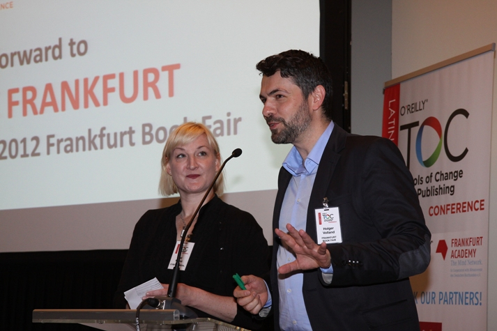 Kat Meyer (O'Reilly) and Holger Voland (Frankfurt Academy) at TOC Latin America