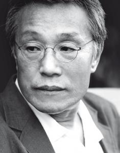 Novelist Kwang Sok-yong