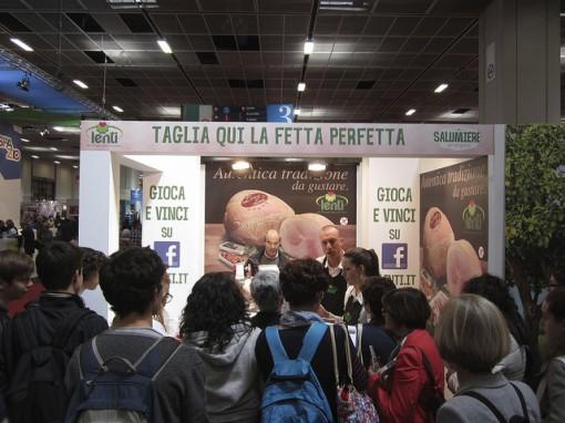Unlike in Turin, fairgoers were not distracted by hams.
