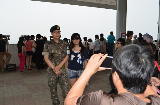 At the border, everyone wans their picture taken with a soldier