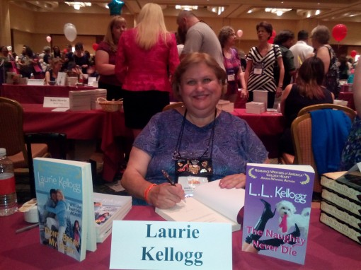 Author Laurie Kellogg was all smiles while meeting her fans.