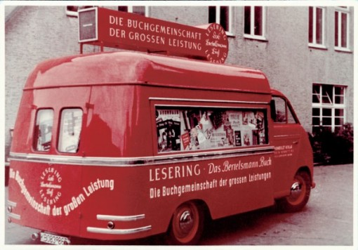 "Bertelsmann Lesering, a ""book bus"" for member recruitment, around 1953 (Photo © Bertelsmann)"