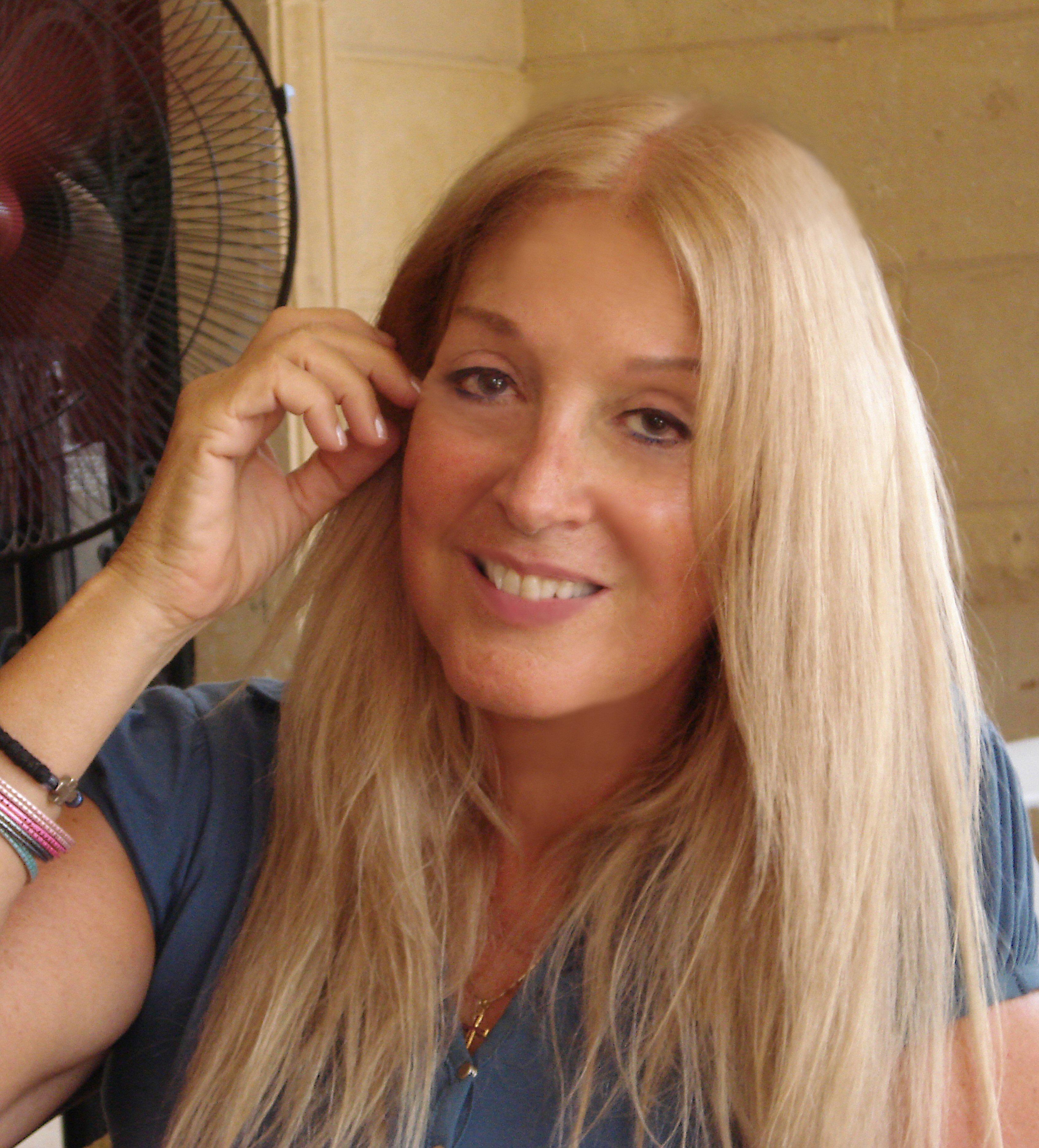 Vassula Rydén Turns the Voice of God Into a Bestseller