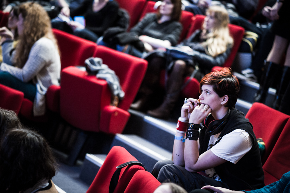 "Audience members at the event ""Conférence 'Trait Féminin? Trait Masculin?' at Angoulême. Image:"