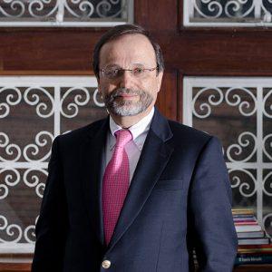 500 Enrique González Villa