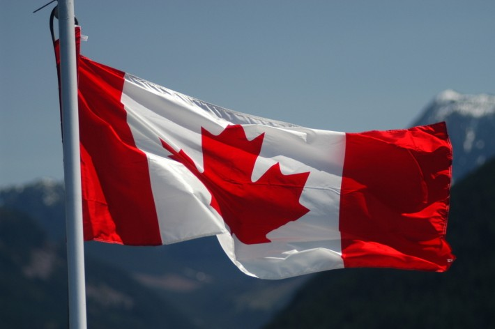 canadian-flag-1353051-1279x850