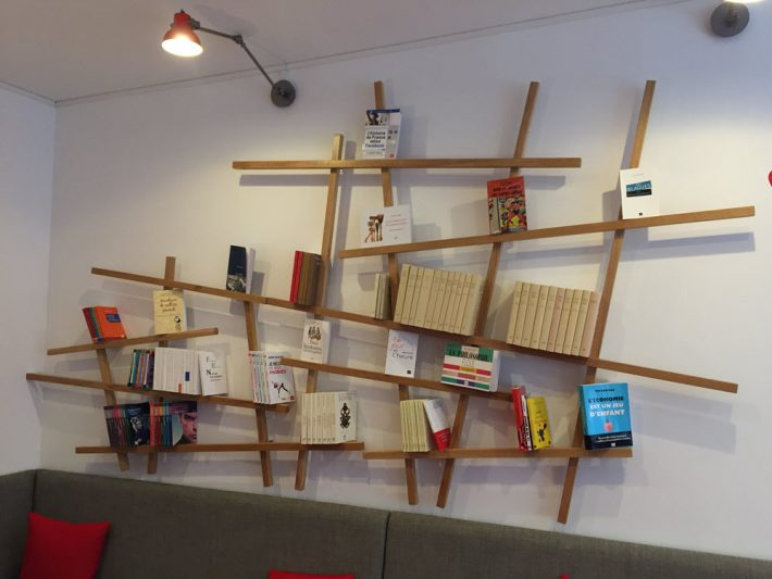 Customers are invited to hang out at La Librairie des PUF. Image: Alastair Horne