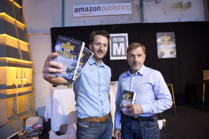 Author Hendrik Falkenberg with Tatort actor Richy Müller at the launch party for Edition M in Munich ( Image © Michael Tinnefeld, courtesy of Amazon Publishing)
