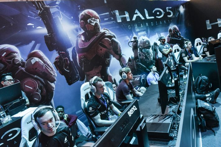 At the 'Halo' stand in Hall 9, the 2015 GamesCom in Cologne. Image: Gamescom