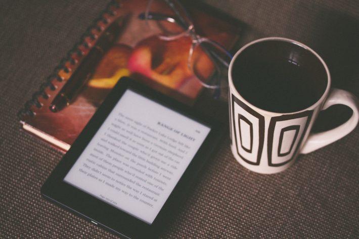 ereader-ebook-book-aliis-sinisalu