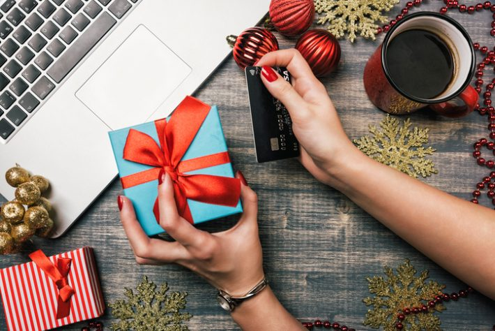 Online holiday shopping book sales